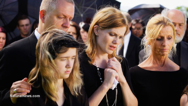 Family-Members-Sad-Funeral-Death