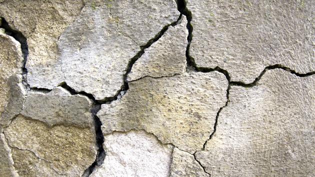 cracked-ground630