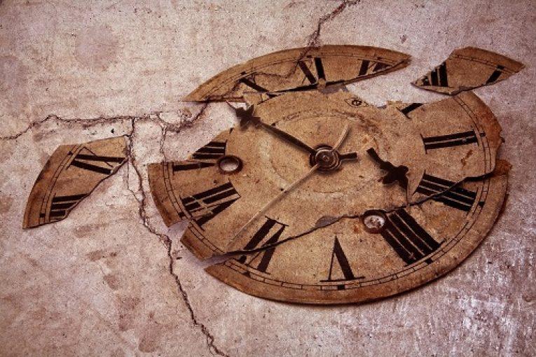 broken-clock-