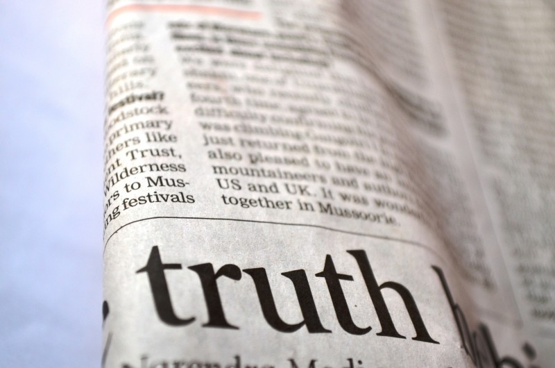 truth-newspaper-news-printed-text-message-page